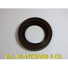 Diff Oil Seal Genuine FRC8220 G